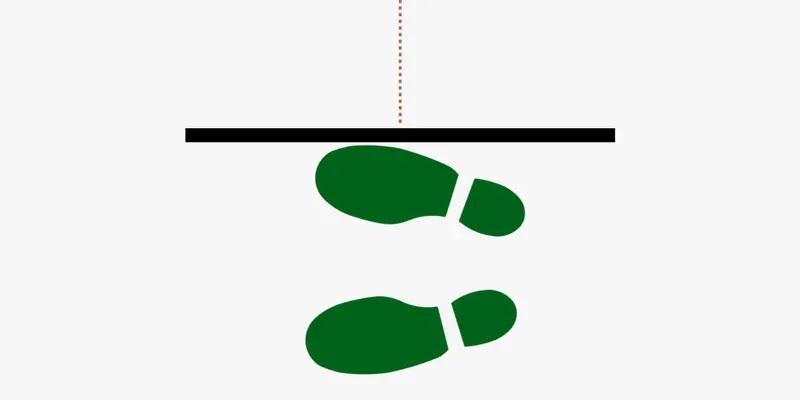 Position de depart laterale avec les pieds presque paralleles